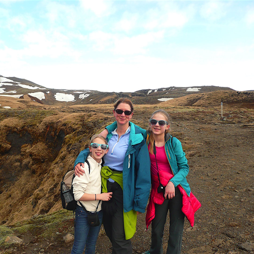 Bellevue fertility specialist Dr. Angela Thyer hiking with her two children